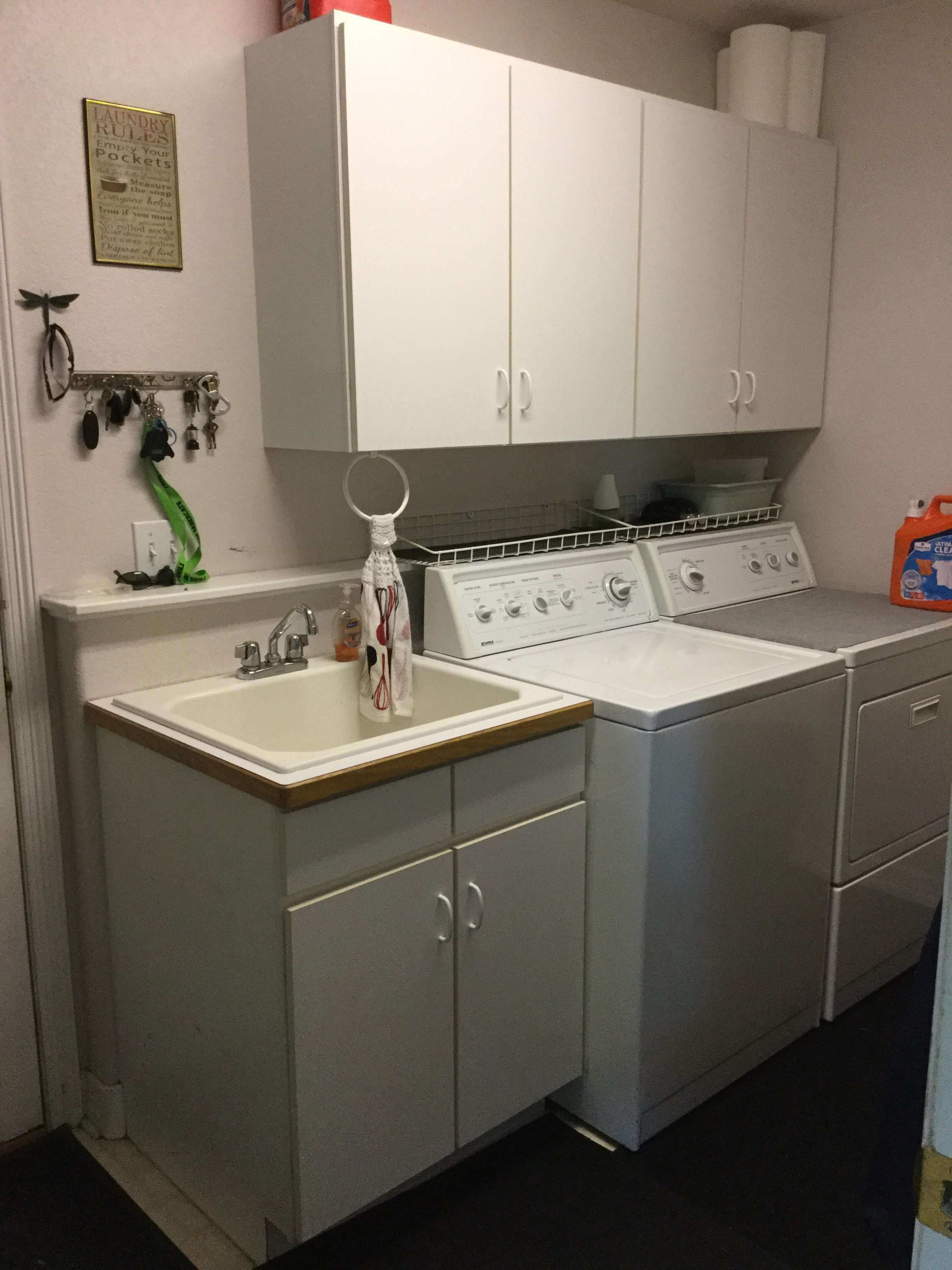 Inexpensive Laundry Room Makeover on
