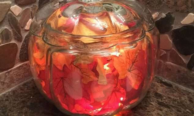 Easy Fall Decor – With a Glass Pumpkin Jar
