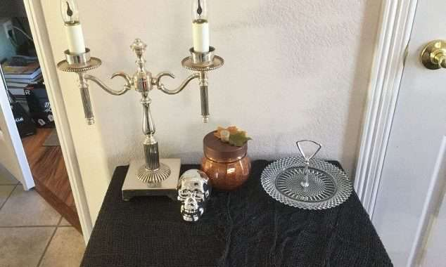Turn a Old Lamp Into Halloween Fun!