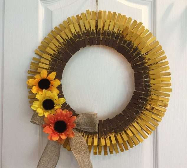 Tie a piece of twine at the top for hanging. Your sunflower wreath is done for you to enjoy.