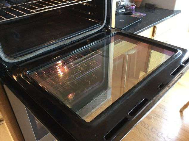how to clean oven glass window