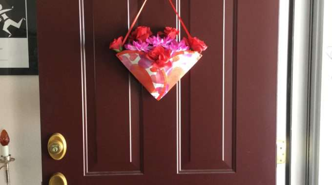Cute & Inexpensive Door Display