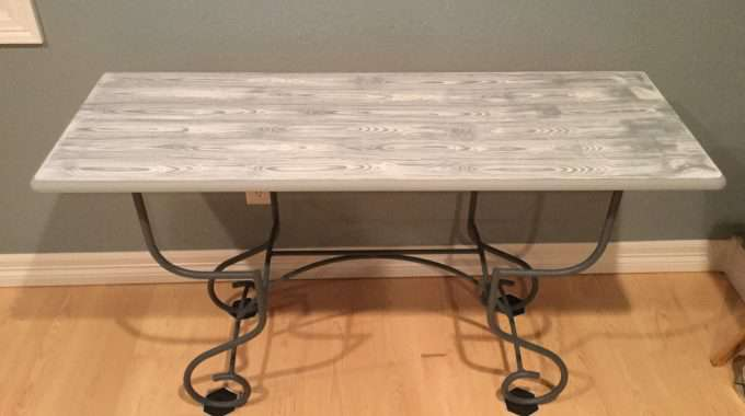Furniture Up-cycle – Faux Wood Grain Table