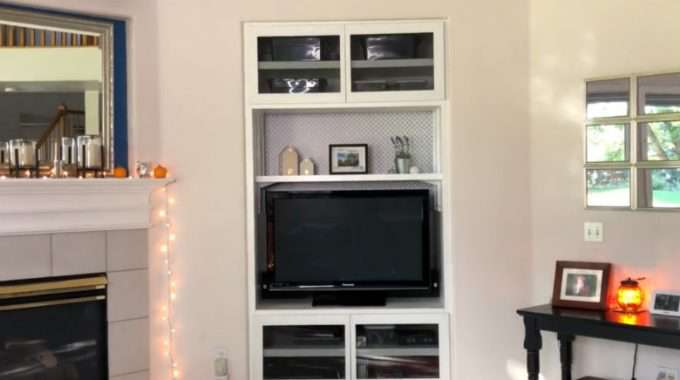 Updating a Built In Entertainment Center