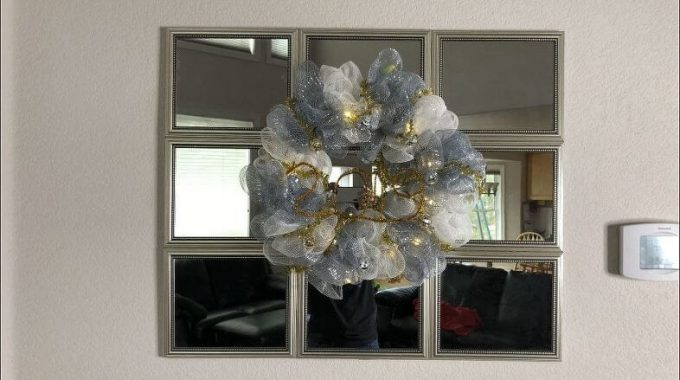 Deco Mesh Light Up New Year Wreath