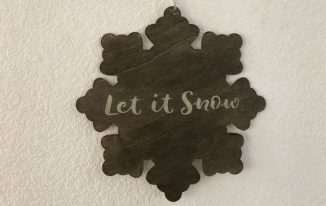 Winter Snowflake Sign with Stain over Stencil Technique