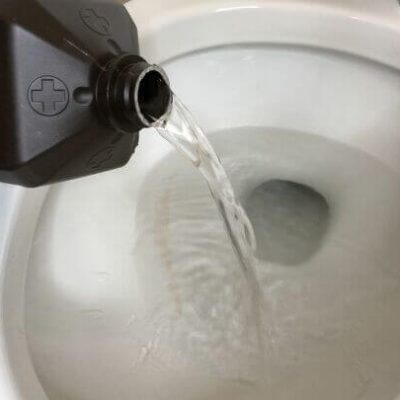 13 Tough Stains and How To Remove Them (1) remove toilet stains