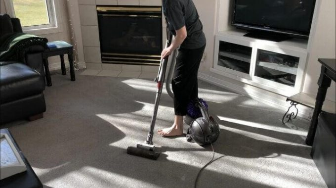 13 Vacuum Cleaning Tips