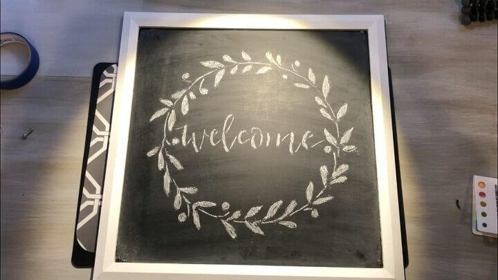 Easy Chalkboard Welcome Sign
