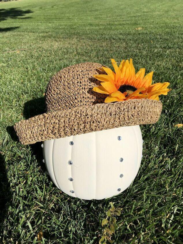I added a hat and you can display the pumpkin rhinestone side forward or ...