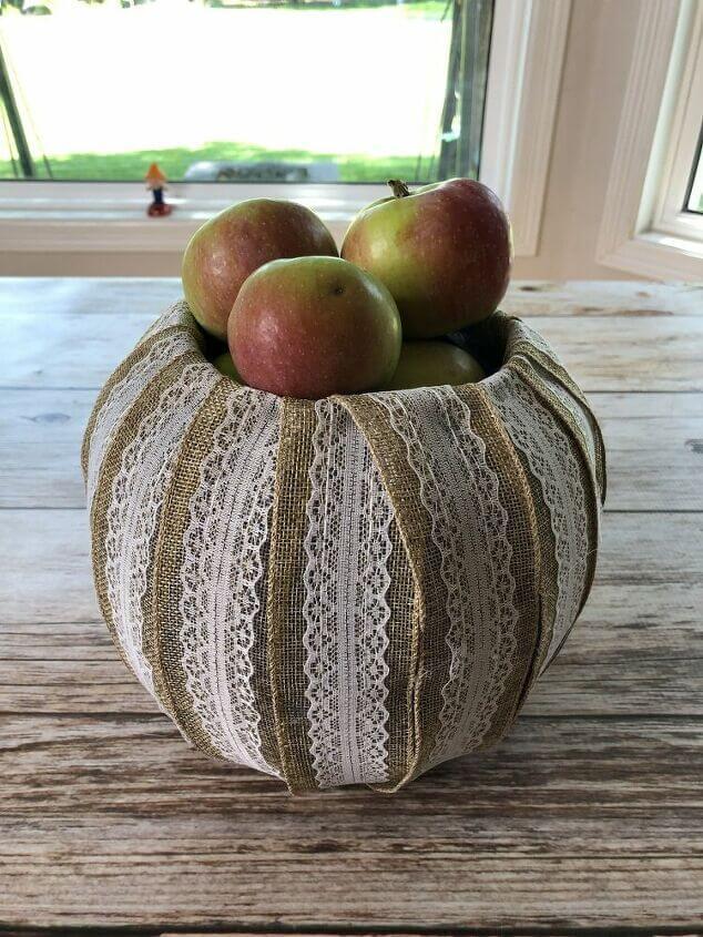 I used to to create an apple display.