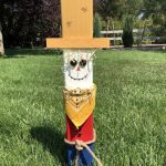 Do you want to know how to make an easy DIY Scarecrow? I love fall and when decorating I love to make items that can be left up all season long. I'm sharing how to make a DIY Scarecrow out of a fence post.